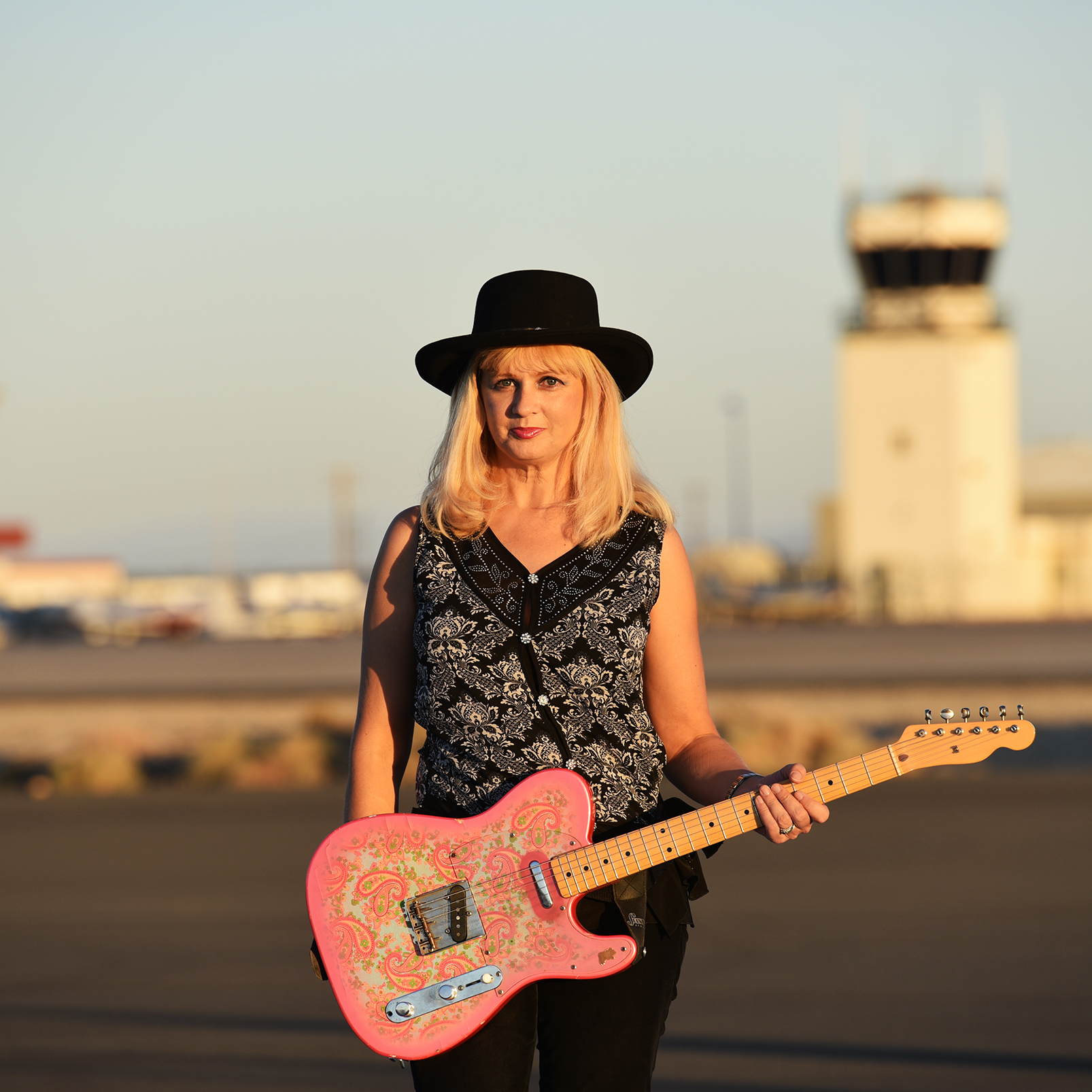 Barbara Leoni Guitarist, Vocalist The Tone Wranglers
